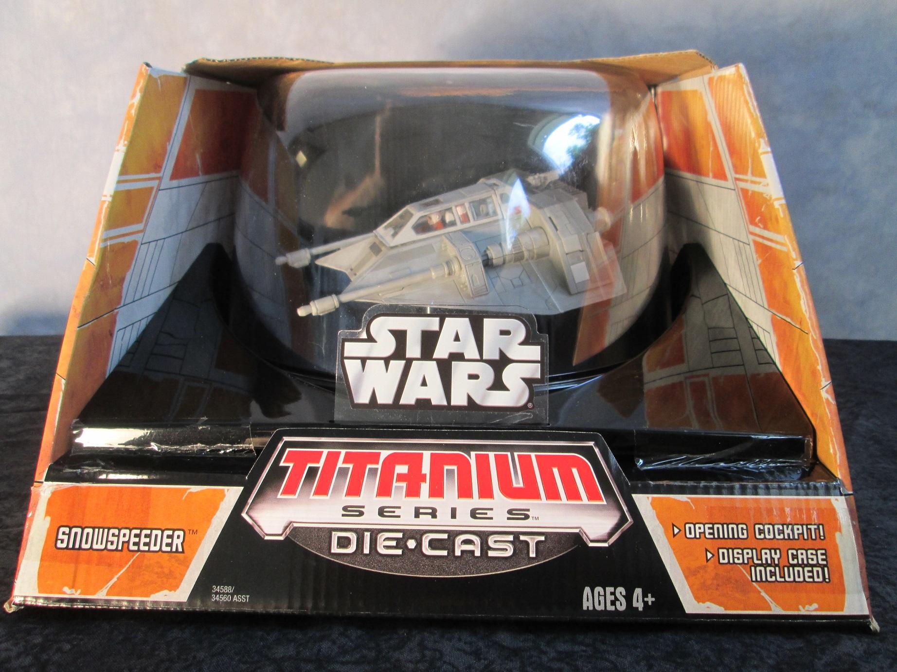 Hasbro Titanium Series Star Wars Ultra Snowspeeder 34588