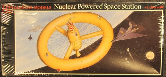 1:300 scale Nuclear Powered Space Station Plastic Model Kit