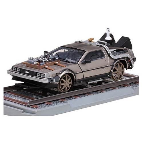 Back to the Future III 1:18 scale Railroad Delorean