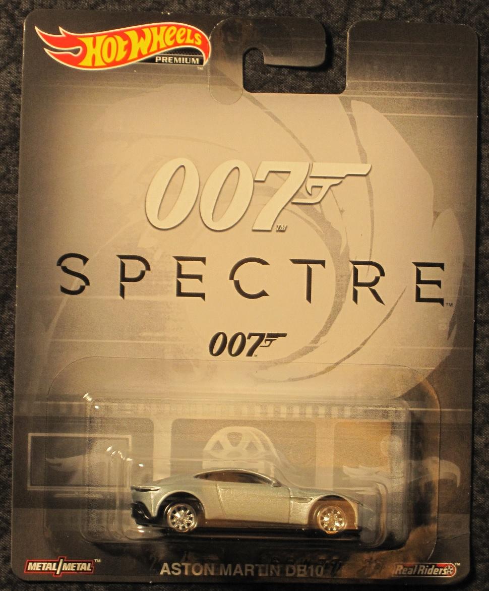 - James Bond Spectre Aston Martin DB10 Die-Cast Vehicle
