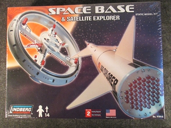Lindberg 1:200 scale Space Base and Satellite Explorer