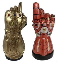 Marvel Avengers Endgame SDCC 2020 Light-up Infinify and Nano Gauntlet Desktop Statue Set