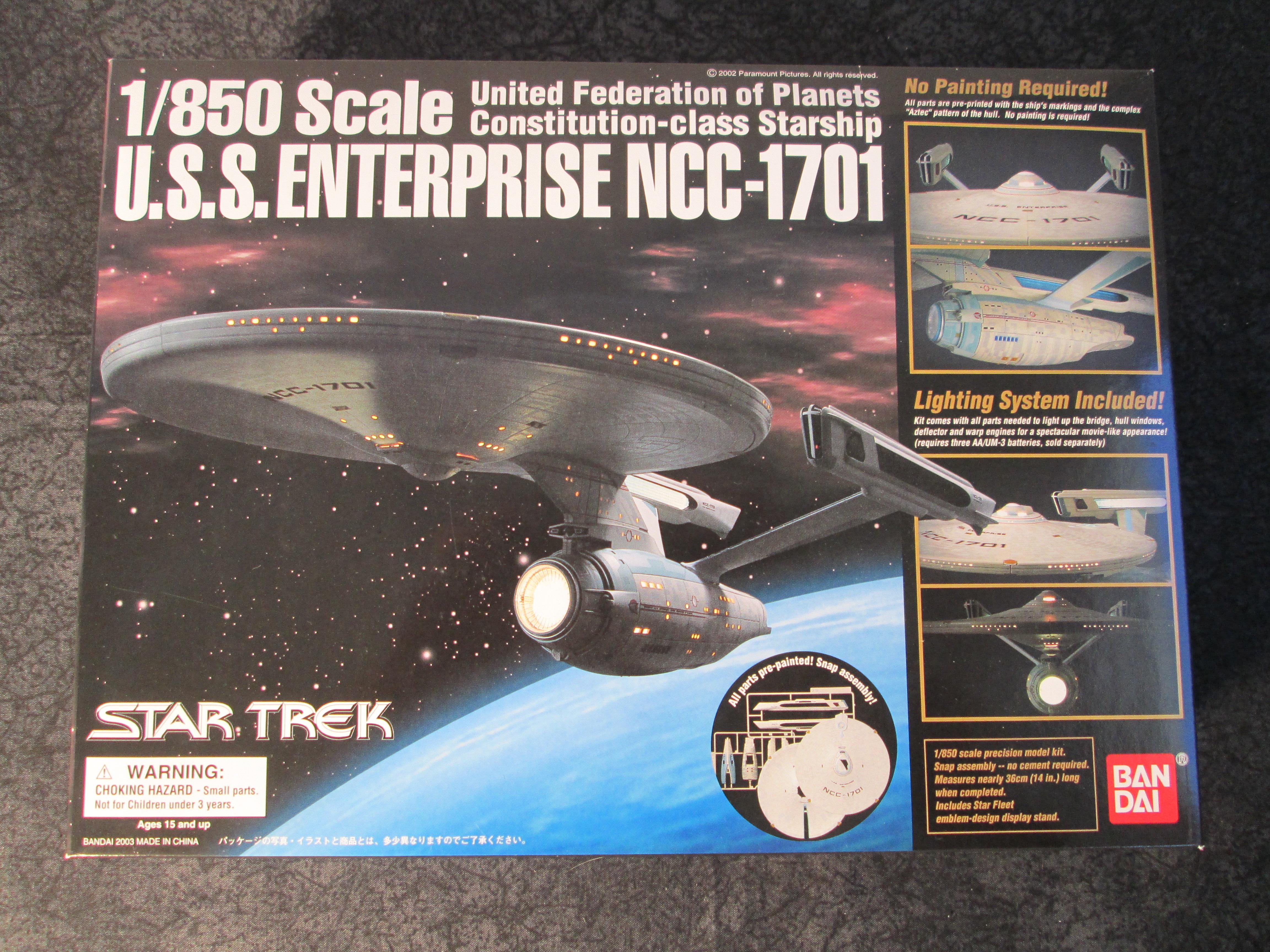 Ban Dai Star Trek 1 850 Scale Lighted U S S Enterprise