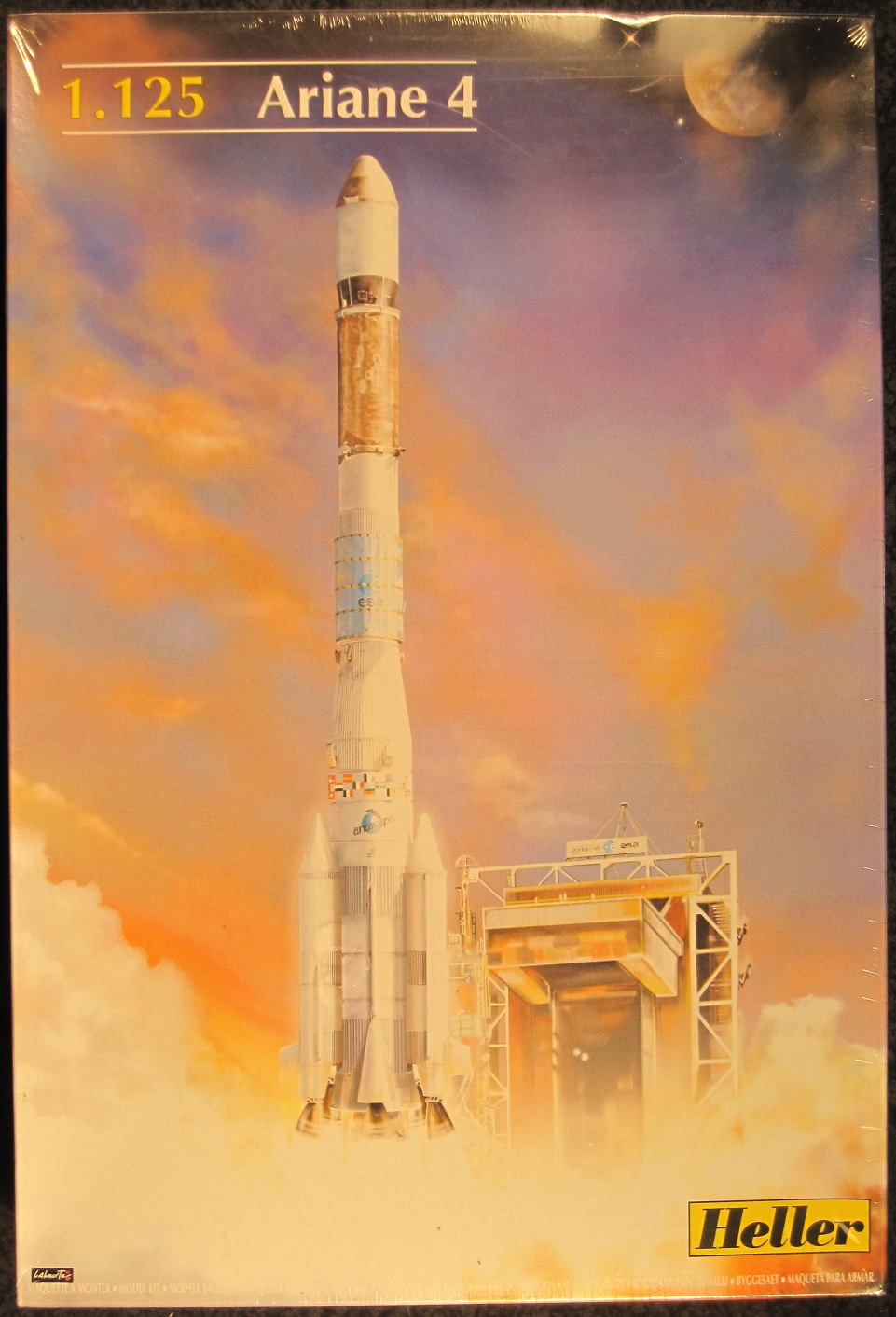 Heller European Space Agency 1 125 Scale Ariane 4 Rocket